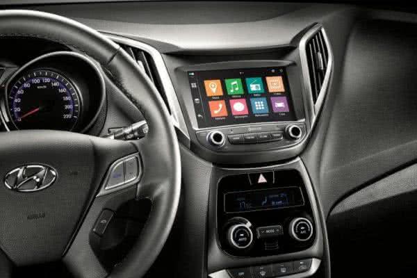 Hyundai-HB20-2022-04-600x400 Hyundai HB20 2022: Preço, Interior, Ficha Técnica, Consumo