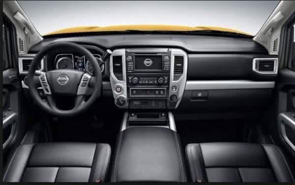 Nissan-Frontier-Attack-2022-interior-600x377 Nissan Frontier Attack 2022: Ficha Técnica, Preço, Fotos, Consumo