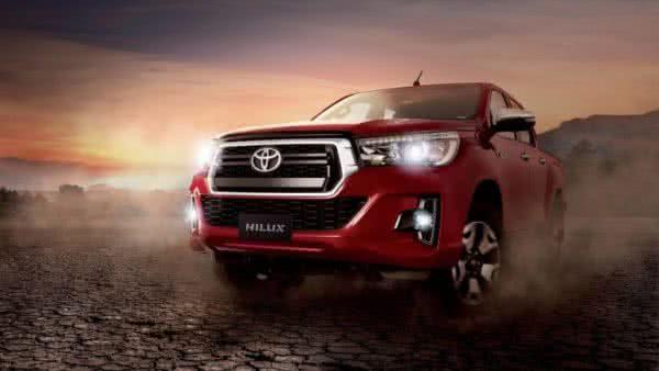 Toyota-Hilux-2022-03-600x338 Toyota Hilux 2022: Ficha Técnica, Preço, Fotos, Consumo