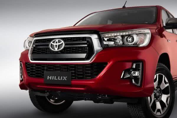 Toyota-Hilux-2022-05-600x400 Toyota Hilux 2022: Ficha Técnica, Preço, Fotos, Consumo