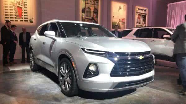 Chevrolet-Blazer-2022-2-600x338 Chevrolet Blazer 2022: Preço, Consumo, Itens e Ficha Técnica