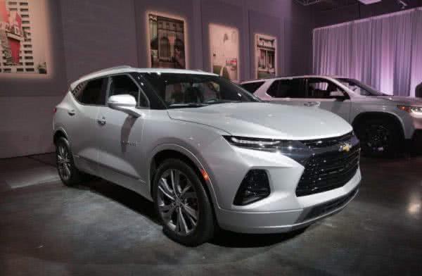Chevrolet-Blazer-2022-6-600x392 Chevrolet Blazer 2022: Ficha Técnica, Preço, Fotos, Consumo