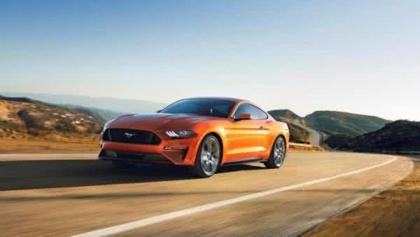 Ford-Mustang-2022-3-600x338 Ford Mustang 2022: Preço, Consumo, Ficha Técnica e Fotos