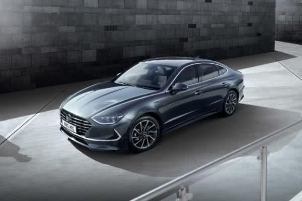 Hyundai-Sonata-2022-3-600x400 Hyundai Sonata 2022: Preços, Fotos, Novidades, Ficha Técnica
