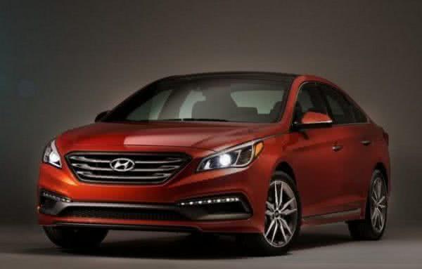 Hyundai-Sonata-2022-600x383 Hyundai Sonata 2022: Preços, Fotos, Novidades, Ficha Técnica