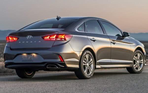 Hyundai-Sonata-2022-9-600x375 Hyundai Sonata 2022: Preços, Fotos, Novidades, Ficha Técnica