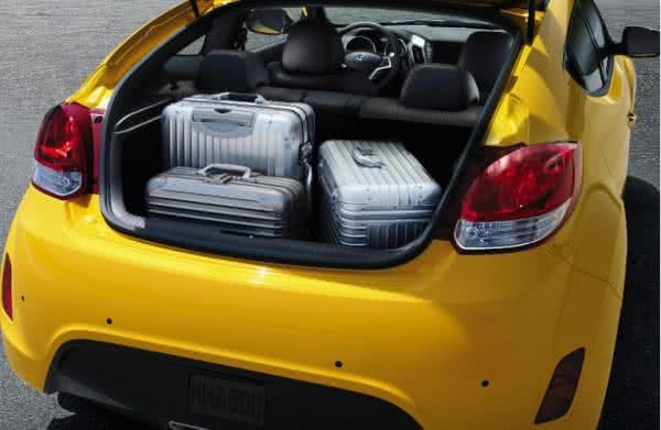 Hyundai-Veloster-2022-9-600x391 Hyundai Veloster 2022: Consumo, Fotos, Ficha Técnica, Preços