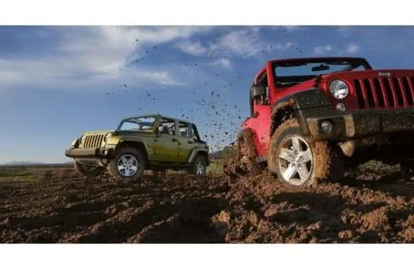 Jeep-Wrangler-2022-1-600x389 Jeep Wrangler 2022: Preços, Fotos e Ficha Técnica, Versões