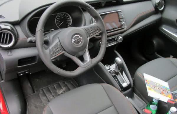 Nissan-Kicks-2022-8-600x387 Nissan Kicks 2022: Consumo, Fotos, Ficha Técnica, Preços