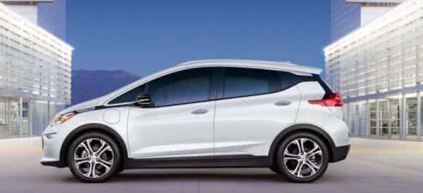 Novo-Chevrolet-Bolt-2022-2-600x275 Novo Chevrolet Bolt 2022: Carros Elétricos, Tecnologia, Economia