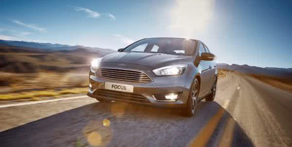 Novo-Ford-Focus-2022-5-600x302 Novo Ford Focus 2022: Preço, Fotos, Consumo, Ficha Técnica