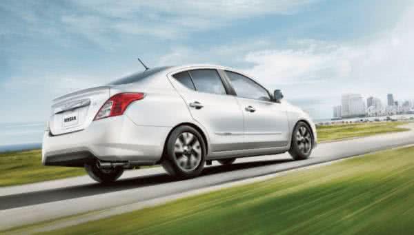 Novo-Nissan-Versa-2022-10-600x341 Novo Nissan Versa 2022: Consumo, Fotos, Ficha Técnica, Preços