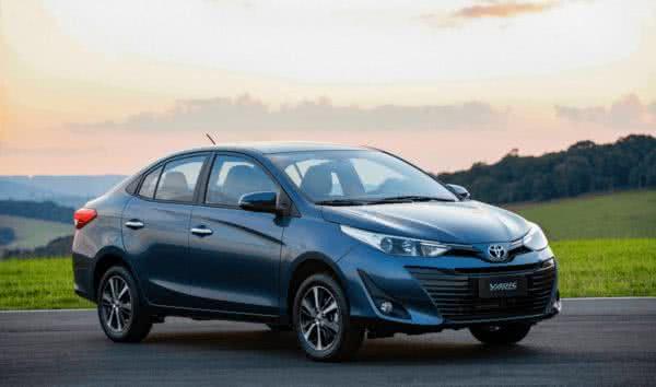 Novo-Toyota-Yaris-2022-1-600x354 Novo Toyota Yaris 2022: Preço, Versões, Fotos Ficha Técnica