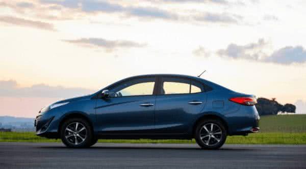 Novo-Toyota-Yaris-2022-4-600x332 Novo Toyota Yaris 2022: Preço, Versões, Fotos Ficha Técnica