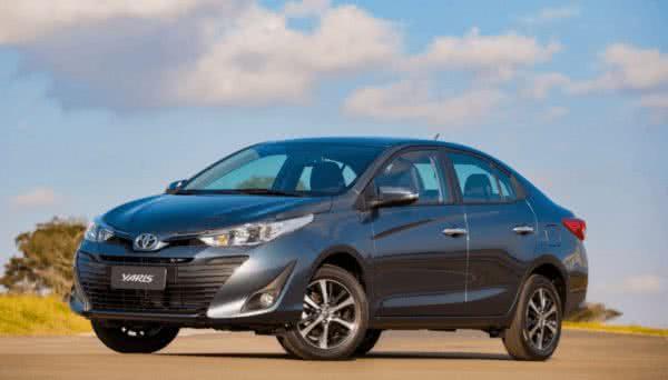 Novo-Toyota-Yaris-2022-5-600x342 Novo Toyota Yaris 2022: Preço, Versões, Fotos Ficha Técnica