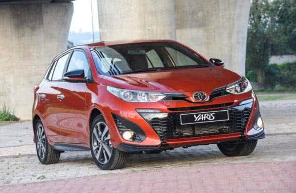 Novo-Toyota-Yaris-2022-600x392 Novo Toyota Yaris 2022: Preço, Versões, Fotos Ficha Técnica