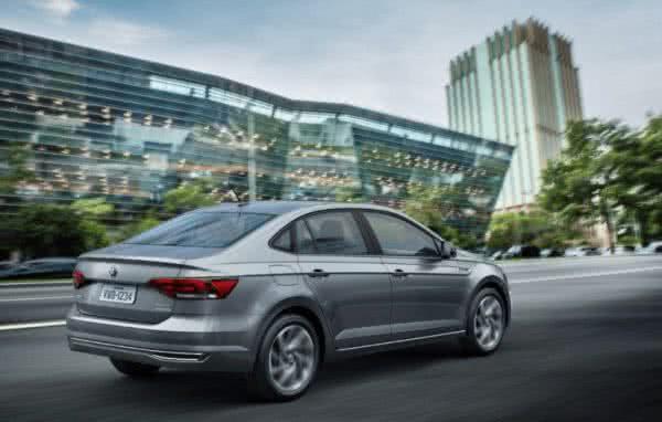 Novo-Volkswagen-Virtus-2022-7-600x382 Novo Volkswagen Virtus 2022: Preço, Versões, Fotos Ficha Técnica