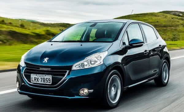 Peugeot-208-2022-2-600x365 Peugeot 208 2022: Preço, FOTOS, Equipamentos e Consumo