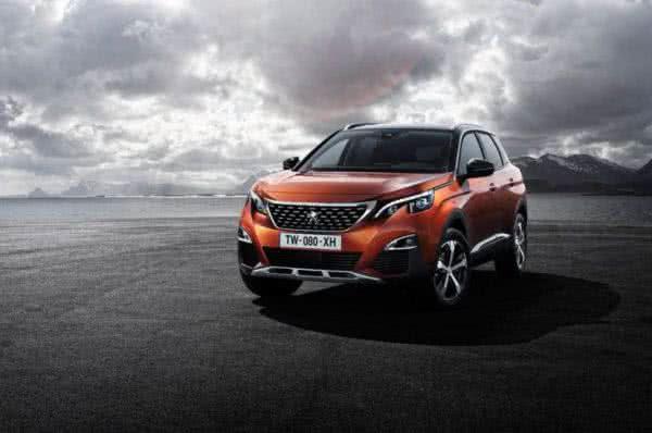 Peugeot-3008-2022-11-600x398 Peugeot 3008 2022: Preço, Consumo, Ficha Técnica e Fotos