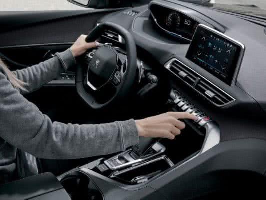 Peugeot-3008-2022-14-533x400 Peugeot 3008 2022: Preço, Consumo, Ficha Técnica e Fotos