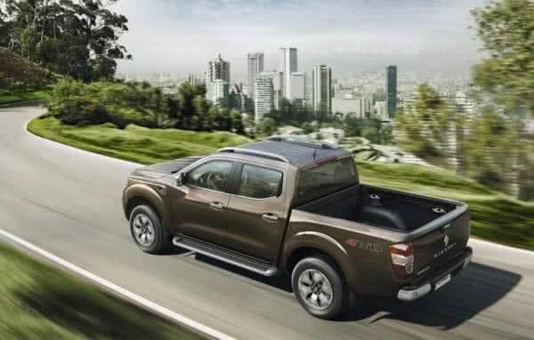 Renault-Alaskan-2022-7-600x383 Renault Alaskan 2022: Preços, Fotos e Ficha Técnica, Versões