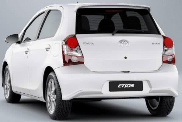 Toyota-Etios-2022-2-598x400 Toyota Etios 2022: Preço, Fotos, Consumo, Ficha Técnica