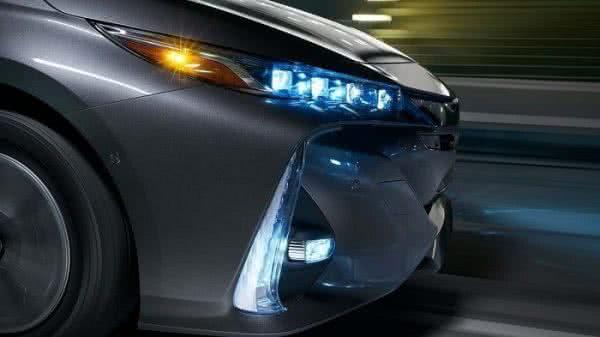 Toyota-Prius-2022-6-600x337 Toyota Prius 2022: Motorização, Preços, Ficha Técnica, Fotos