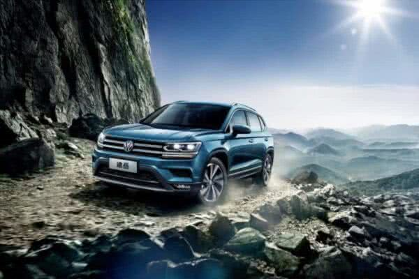 VW-tarek-2022-5-600x400 Volkswagen Tarek 2022: Preço, Fotos, Design e Ficha Técnica