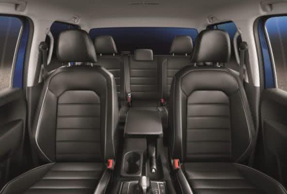 Volkswagen-Amarok-2022-7-592x400 Volkswagen Amarok 2022: Preço, Versões, Fotos Ficha Técnica