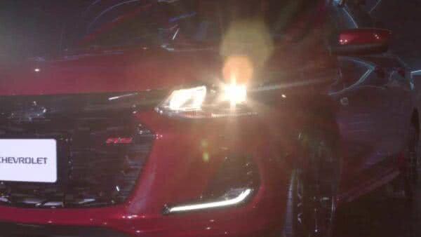 chevrolet-onix-rs-colombia-600x338 Chevrolet Onix RS 2022: Preços, Fotos, Itens, Ficha Técnica