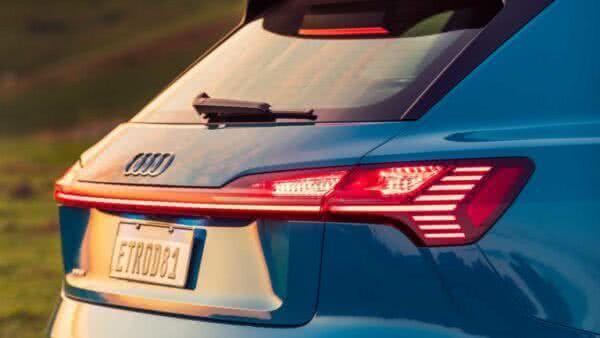Audi-e-tron-2022-14-600x338 Audi E-tron 2022: Preço, Consumo, Fotos, Itens, Ficha Técnica