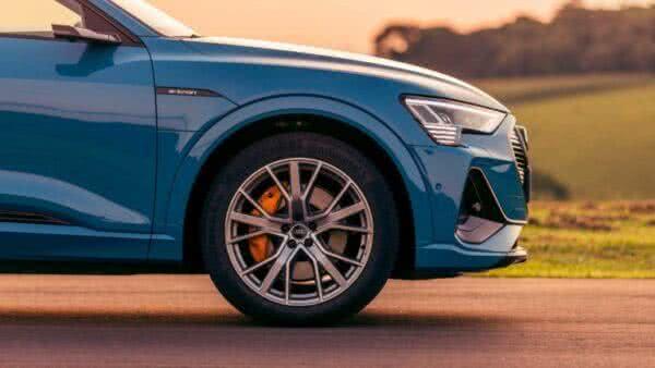 Audi-e-tron-2022-15-600x338 Audi E-tron 2022: Preço, Consumo, Fotos, Itens, Ficha Técnica
