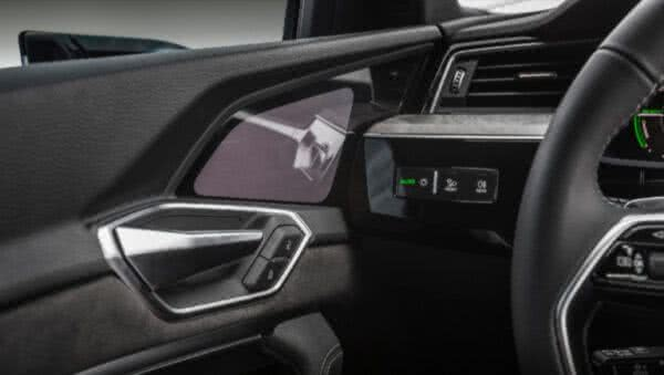 Audi-e-tron-2022-17-600x339 Audi E-tron 2022: Preço, Consumo, Fotos, Itens, Ficha Técnica