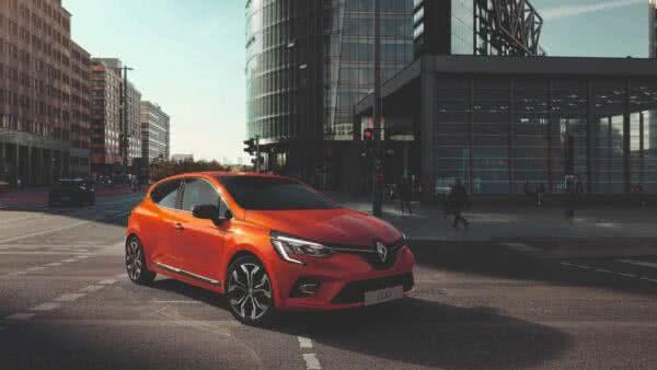novo-Renault-Clio-11-600x338 Renault Clio 2022: Fotos, Preços, Ficha Técnica, Novidades