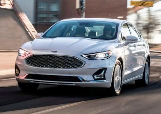 Ford-Fusion-1-564x400 Ford Fusion 2022: Ficha Técnica, Preço, Fotos, Consumo