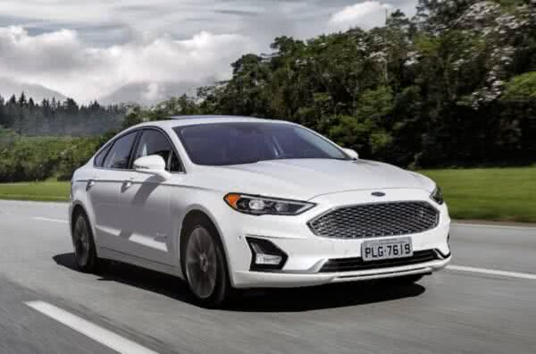 Ford-Fusion-10-600x396 Ford Fusion 2022: Ficha Técnica, Preço, Fotos, Consumo