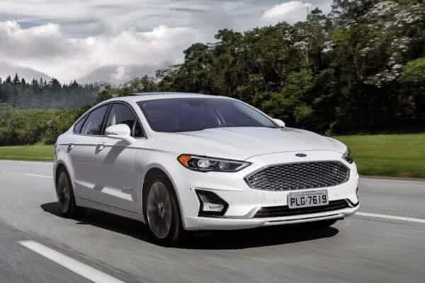 Ford-Fusion-10-600x400 Fiat Strada 2022: Preço, Fotos e Itens! Versões e Motor