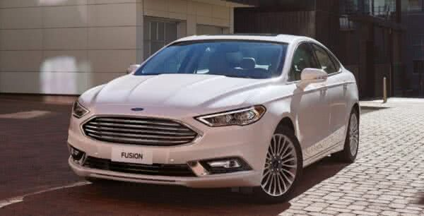 Ford-Fusion-2022-600x306 Ford Fusion 2022: Ficha Técnica, Preço, Fotos, Consumo
