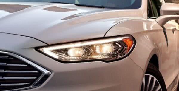 Ford-Fusion-4-600x308 Ford Fusion 2022: Ficha Técnica, Preço, Fotos, Consumo