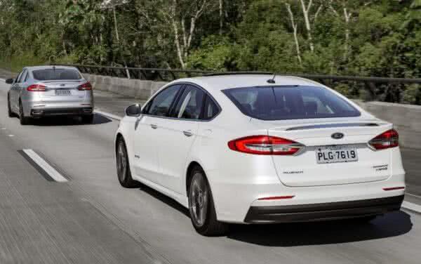 Ford-Fusion-5-600x376 Ford Fusion 2022: Ficha Técnica, Preço, Fotos, Consumo