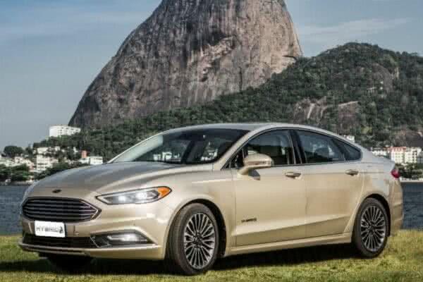 Ford-Fusion-9-600x400 Ford Fusion 2022: Ficha Técnica, Preço, Fotos, Consumo
