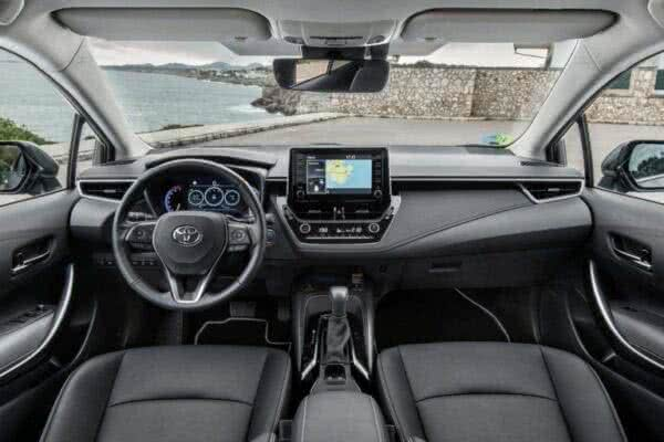 Toyota-Corolla-13-600x400 Toyota Corolla 2022: Ficha Técnica, Preço, Fotos, Consumo