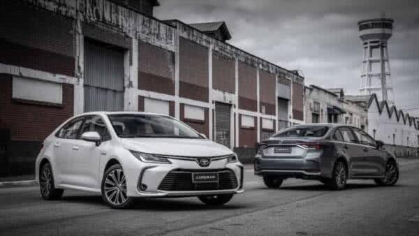 Toyota-Corolla-2022-600x338 Toyota Corolla 2022: Ficha Técnica, Preço, Fotos, Consumo